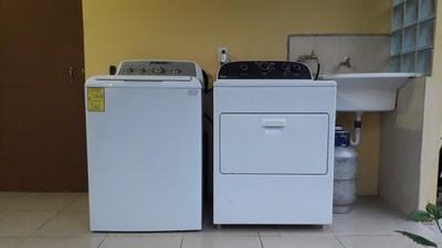 La lavadora y secadora son disponibles también para nuestros huéspedes